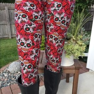 Momme And More Pants New Womens Skull Rose Valentines Day Leggings